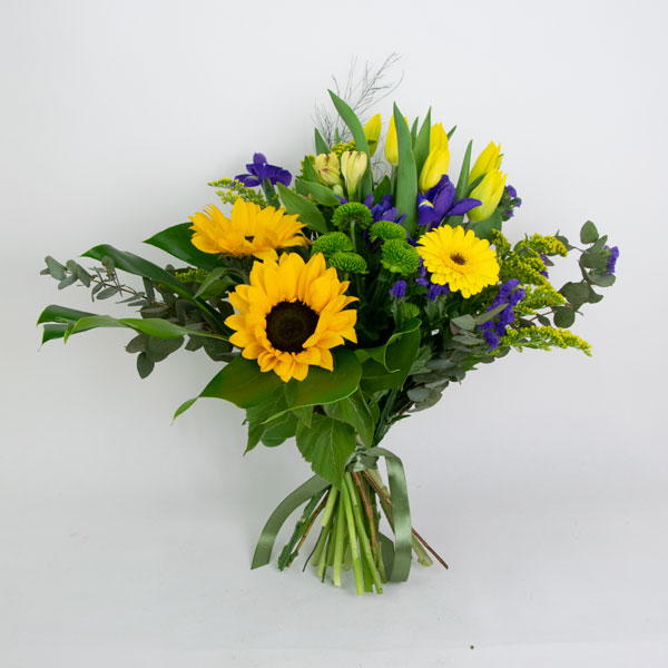 Sunny bouquet (with sunflowers)